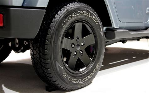 jeep polar edition wheels 2012 jeep wrangler arctic edition wheel 168671 photo 3