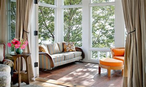 Enclosed Sunroom Ideas by Bedroom Layouts For Small Rooms Small Sunroom Furniture
