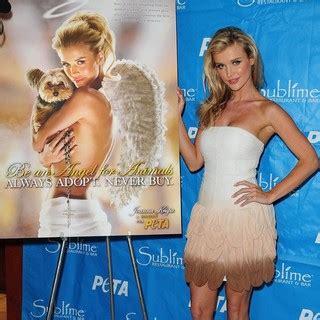 Joanna Krupa Picture 18 - Joanna Krupa Unveils Her Be An ...
