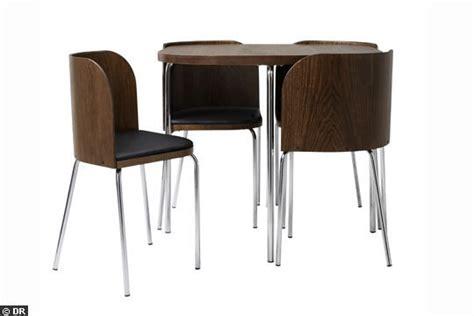 cuisine une table ikea fusion et ses quatre chaises embo 238 tables a trouver d occasion 13