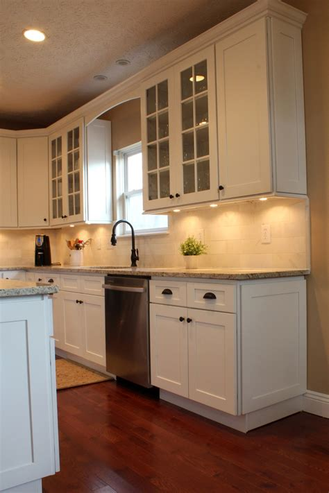 white shaker cabinets kitchen 1000 images about remodel kitchen wall cabinet height on 1458