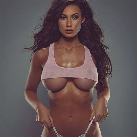 Bianca Kmiec wearing the perfect shirt - Xxx Photo