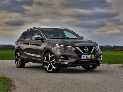 The first generation of the vehicle was sold under the name nissan. Nissan Qashqai Tekna+ 1,3 DIG-T DCT - Test