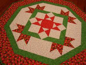 christmas table topper quilted trees and polka dots by susiquilts