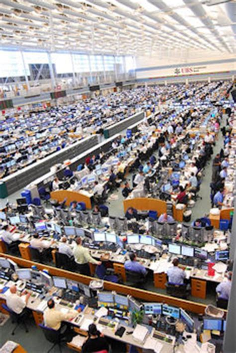 Ubs Trading Floor New York by Investment Ubs Insurance Investment Banking