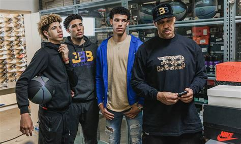 lonzo ball  ball family  sneaker shopping  flight