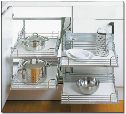 placard d angle cuisine amenagement placard cuisine angle table de cuisine