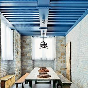 Bien Peindre Un Plafond : peindre un plafond en couleur pour dynamiser sa d co ~ Melissatoandfro.com Idées de Décoration
