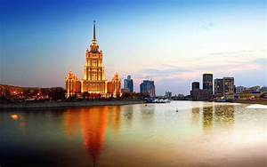 Moscow russia city reflection wallpaper | 2560x1600 ...