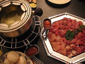 cuisiner viande à fondue 1000 idées sur le thème caquelon fondue sur achat