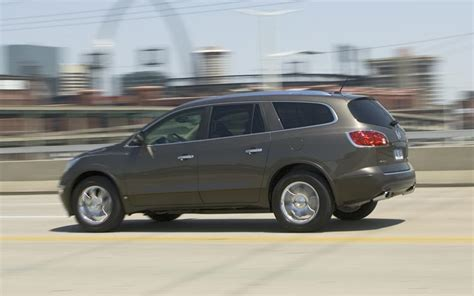 2007 Buick Enclave Reviews by 2008 Buick Enclave Drive Motor Trend