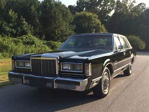 Purchase Used 1986 Lincoln Town Car Signature Series Very