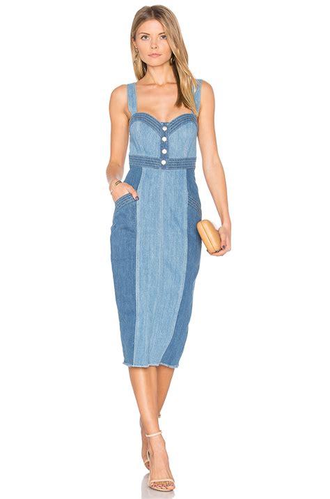 Fashion Jobs u2013 Trend Alert 3 Ways to Style a Denim Dress | Fashion Jobs in Toronto Vancouver ...