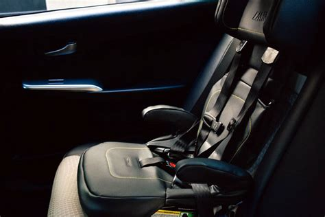 Uber Car Seat Offers Option For Families Traveling In Nyc