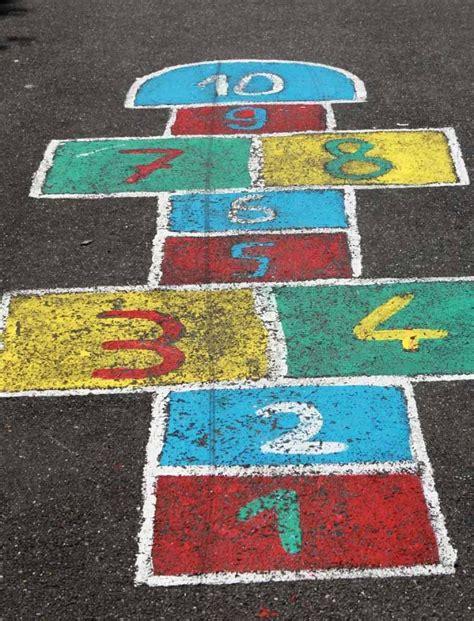 giochi da cortile per bambini festa a tema quot i giochi di una volta quot per bambini