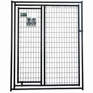 Lucky dog kennel gate in a gate petco for Dog kennel panels with door