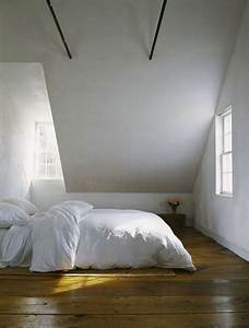Chambre Gris Blanc : chambre parentale sous comble blanche et grise ~ Melissatoandfro.com Idées de Décoration