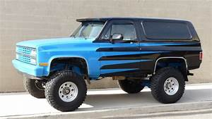 Super Nice 1984 Chevy K5 Blazer 4wd  Full Lift And Upgraded To 2500