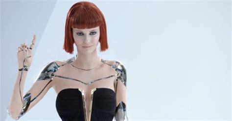 All About Kias Sexy Robot Girl Alyssa Campanella Video Autoevolution