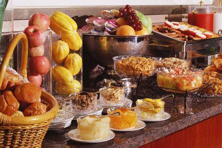 breakfast  brunch hotz catering  rental