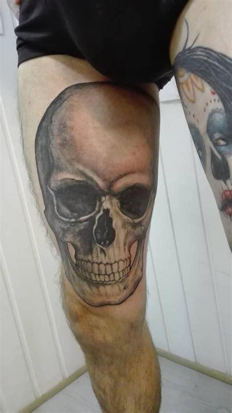 tatouages tete de mort tattoo studio