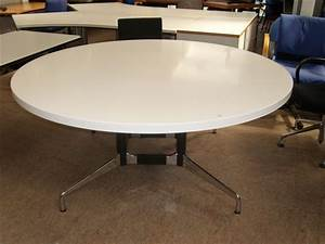 Vitra Tisch Rund : besprechungstisch rund ca 170 cm von vitra ~ Michelbontemps.com Haus und Dekorationen