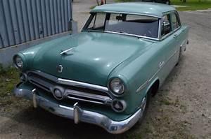 1952 Ford Customline Four Mainline