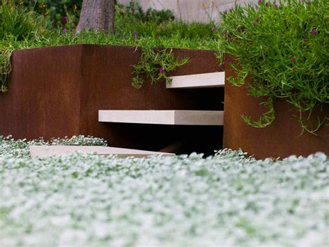 Minimalist Garden Design With Clean Steps Founterior