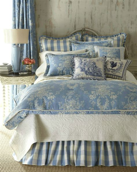 Sherry Bedding by 20 Best Multi Colored Bedding Sets Decoholic
