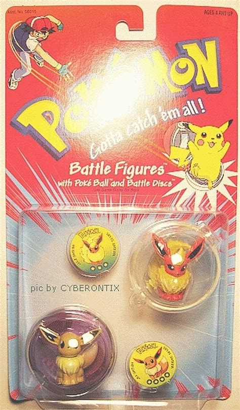 eevee and flareon battle figures 2 pack from 1998