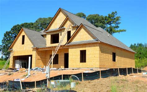 mutui le case  legno piacciono ma  decollano