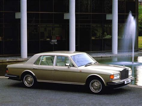 rolls royce silver spiritspur classic car review