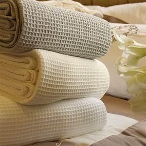 King Of Cotton : contemporary waffle pure cotton blanket bedspread king ~ Nature-et-papiers.com Idées de Décoration