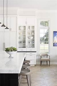 Aero club wellington krista home for Kitchen cabinet trends 2018 combined with wooden inspirational wall art