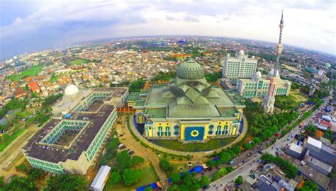 3 Masjid Di Jakarta Dengan Arsitektur Indah Yang Harus