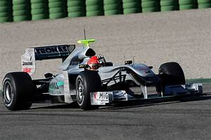 Gp Auto : mercedes has unveiled their mgp w01 f1 racer for the 2010 season ~ Gottalentnigeria.com Avis de Voitures