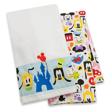 disney kitchen towels mickey mouse and friends kitchen towel set from disney