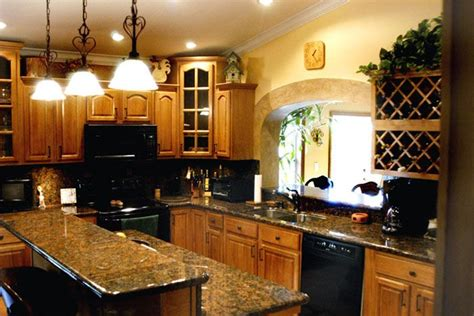 honey oak kitchen cabinets with granite countertops honey oak cabinets kitchen pinterest honey oak