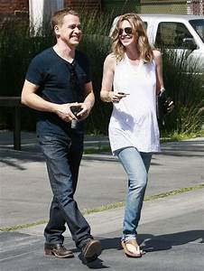Ellen Pompeo and T.R. Knight Photos Photos: Pregnant Ellen ...