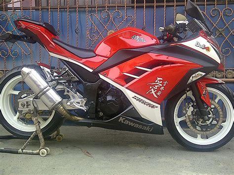Kawasaki 250 Modifikasi Putih kawasaki 250 fi merah modifikasi velg putih