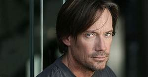 Kevin Sorbo Cast as Villain in Supergirl Season 2 | Den of ...