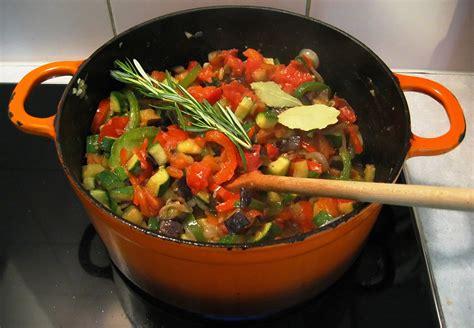 recette ratatouille recette de la ratatouille pratiquefr