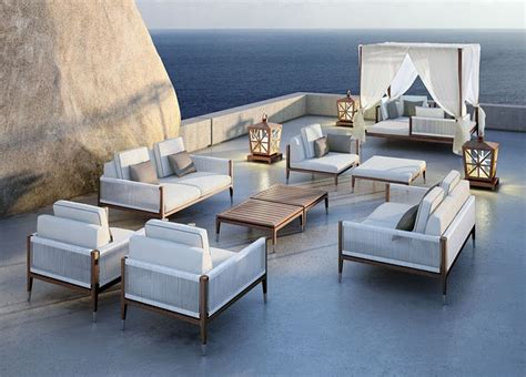 coastal style chic outdoor furniture