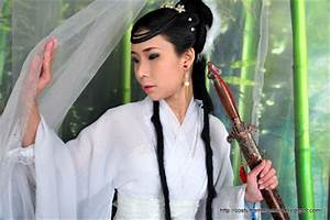 The Costume Mercenary: Borrowed Costume: Xiao Long Nu