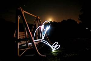25 Spectacular Light Painting Images