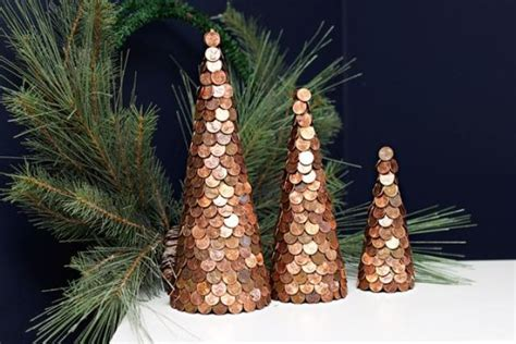 whimsical industrial christmas decor ideas shelterness
