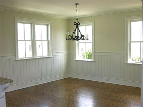 dining room wallpaper  wainscoting