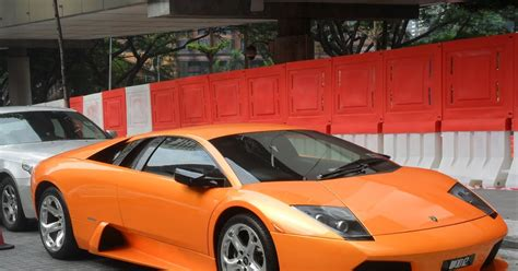 How Many Expensive, Luxury Cars Are There In Kl?