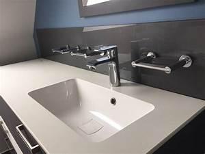 Salle De Bain 2016 : cr dence de salle de bain en verre atelier du verre ~ Dode.kayakingforconservation.com Idées de Décoration