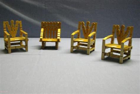 chaise en epingle a linge en bois chaise en pince a linge votre inspiration à la maison